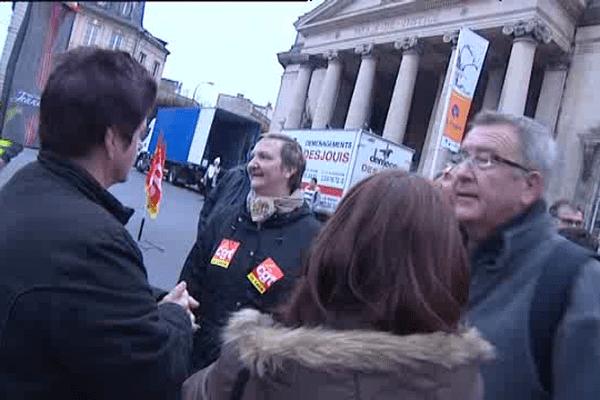 Les ex-salariés de Jeannette devant le tribunal de Caen ce jeudi matin