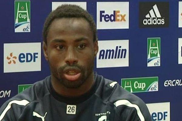 Rugby : Fulgence Ouedraogo capitaine du MHR lors de la conférence de presse de la Hcup le 6 avril 2013