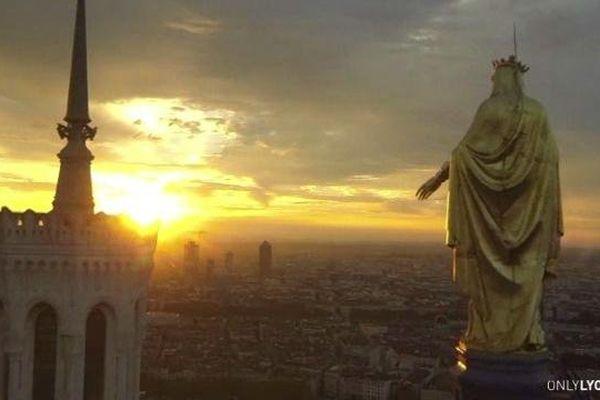 Lyon a été classée 2e plus belle grande ville du monde par le célèbre magazine américain Condé Nast Traveler.