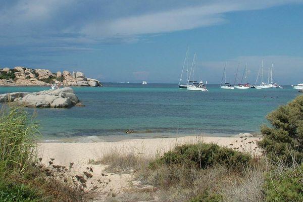 L'île de Cavallo fait partie de l'archipel des Lavezzi