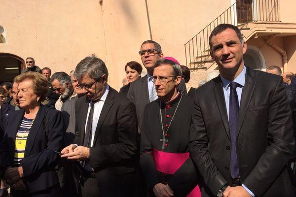 (De gauche à droite) Anne-Marie Natali mairesse de Borgo, Alain Thirion préfet de Haute-Corse, Pierre Savelli maire de Bastia, Olivier de Germay évêque de Corse et Gilles Simeoni président de l'exécutif.