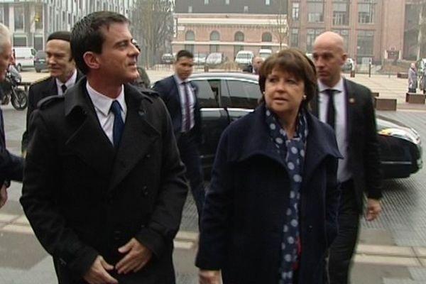 Manuel Valls et Martine Aubry à Lille ce mercredi.