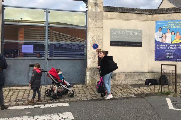 L'école Saint-Etienne de Bourges accueillera les élèves le 12 mai, après deux mois de fermeture.