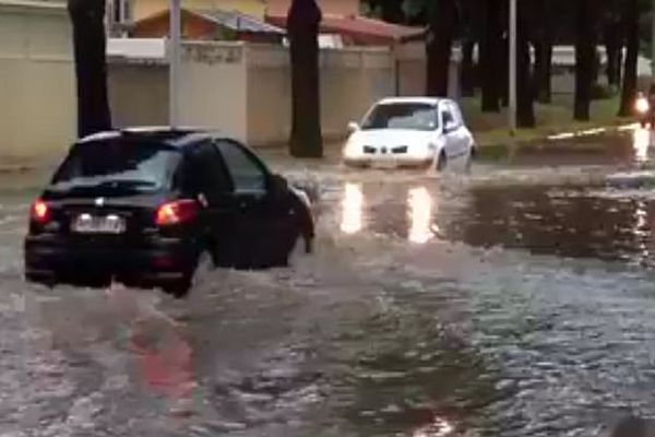 Le Grau-du-Roi (Gard) - inondations à 17h30 - 13 août 2015.