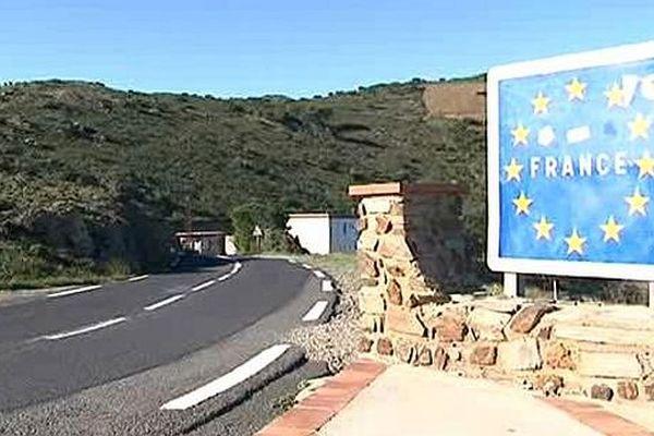 Cerbère - Frontière entre la France et l'Espagne dans les Pyrénées-Orientales - novembre 2015.