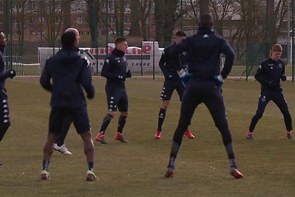 Dernier entrainement pour l'ESTAC avant le match contre le PSG