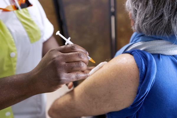 En Occitanie, les résidents d'Ehpad et de maisons de retraite vont recevoir à partir de ce lundi une troisième injection du vaccin contre la covid-19 - 12 septembre 2021