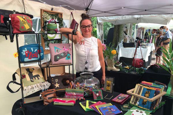 Astrid Vautrin fait partie des exposants d'art présents au parc de la Pépinière