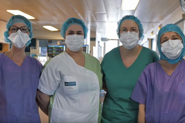 """Image extraite du film """"COVID-19 : Comment un hôpital fait-il face ?"""" tourné ^par Tanguy Leroux vidéaste et interne en biologie médicale au  Centre Hospitalier Intercommunal - Elbeuf Louviers Val de Reuil"""