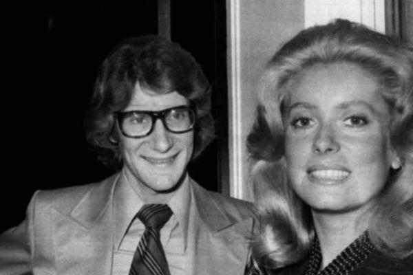 Yves Saint Laurent et Catherine Deneuve, en 1971.