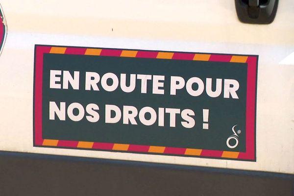 """L'association APF France Handicap a créé la """"caravane des oubliés"""" pour recueillir des propositions qui seront """"portées au niveau du gouvernement""""."""