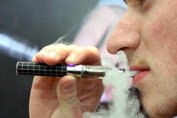 La e-cigarette contient de la nicotine