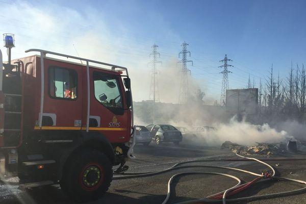 Un incendie s'est déclaré dans la zone industrielle Nord de Dijon en fin d'après-midi mercredi 29 juillet 2020.