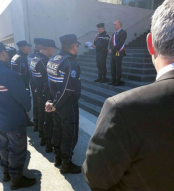 Grau-du-Roi (Gard) - hommage des gendarmes à Arnaud Beltrame - 26 mars 2018.