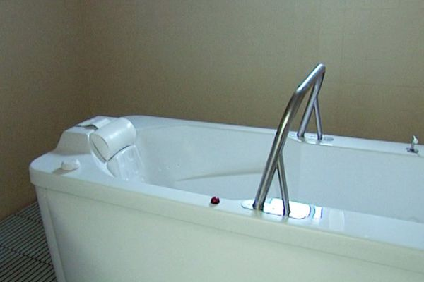 Les bains de Pietrapola remis aux normes rouvrent au public ce lundi 2 mai.