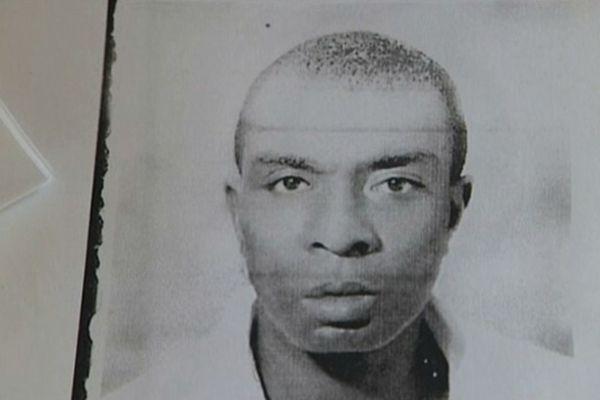 La photo de Karim Degdag a été placardée pendant plusieurs mois dans l'espoir de le retrouver
