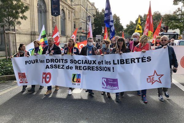 Environ 3500 manifestants ont défilé dans les rues de Bordeaux vers 12h.