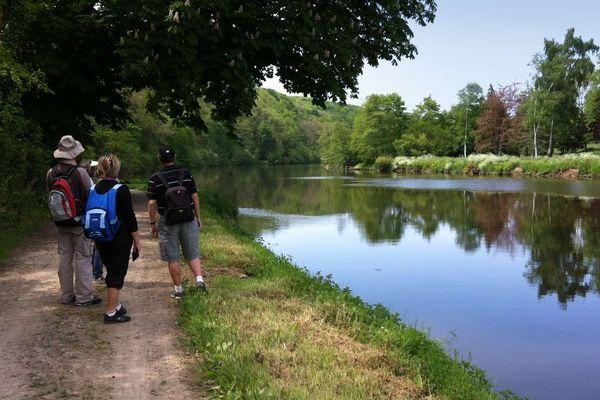 La Mayenne et son tourisme vert pourraient attirer les vacanciers obligés de rester en France cette été.