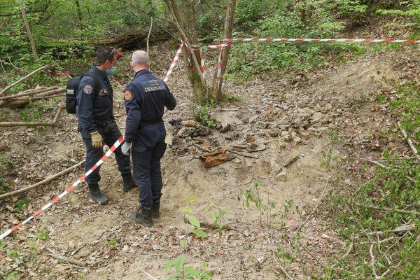 Les recherches sur le site ont été délicates compte tenu de la nature du sol et de la présence potentielle de munitions de la première guerre non explosées.