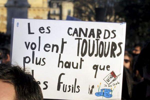 Slogan dans la manifestation Charlie à Montpellier 11 janvier 2015