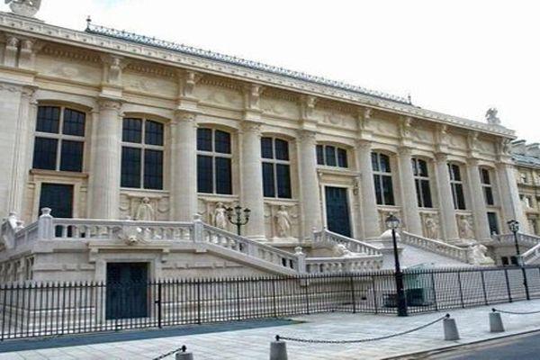 Jusqu'à mercredi. Mohamed Fayed est jugé aux assises de Paris pour violences volontaires ayant entraîné la mort sans intention de la donner.