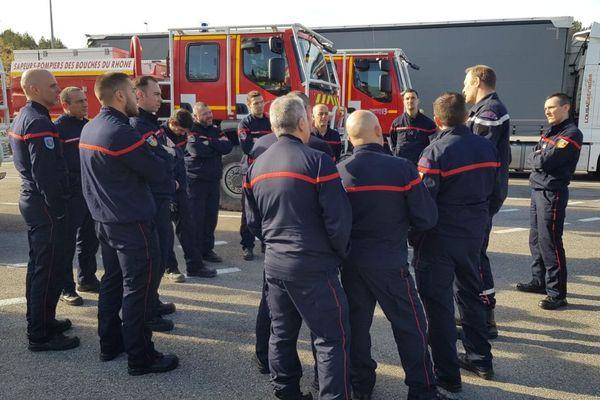 Une colonne de sapeurs-pompiers des Bouches-du-Rhône