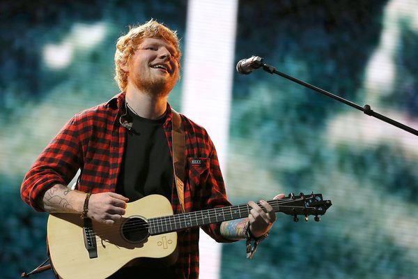Ed Sheeran sur scène au Glastonbury Festival of Contemporary, le 25 Juin 2017.