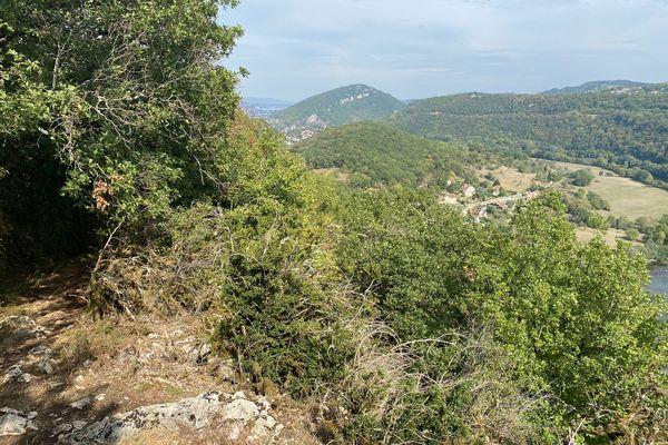 Une belle vue depuis le bois de côte, au départ de Avanne.
