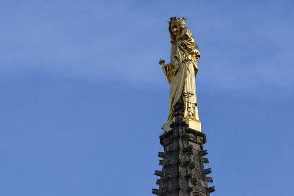 La cathédrale Saint-André à Bordeaux. Selon les lieux de culte, les célébrations auront lieu ou pas. La décision est laissée à la discrétion des curés dans les paroisses.