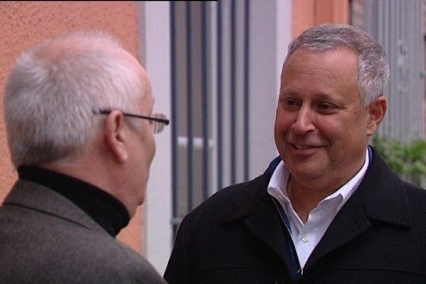Le PDG de Raleigh, Mark Rozenthal, en discussion avec Philippe Guérin, maire de Cugnaux, ce jeudi à Toulouse