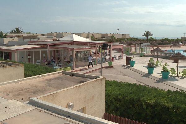 Le village vacances, les Portes du Roussillon, à Barcarès s'isole pendant une semaine pour éradiquer l'épidémie de covid-19 - 25 juillet 2021