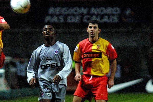 Éric Sikora en 2002, lors d'un match du RC Lens contre le PSG.