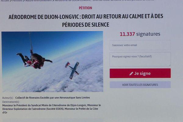 La pétition mise en ligne par le Collectif de Riverains Excédés par une Aéronautiques Sans Limites a été reçu plus de 10 000 signatures en trois jours.