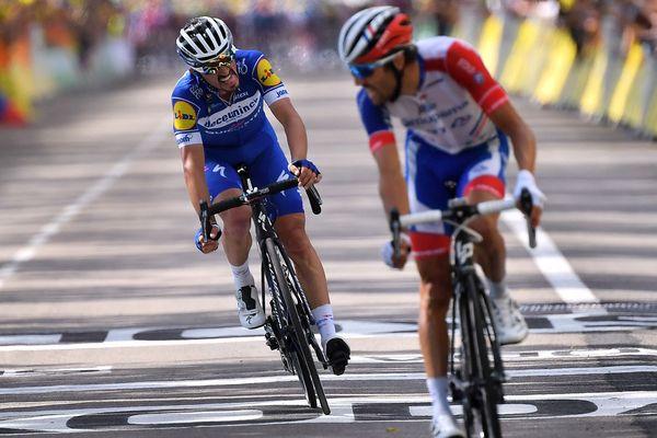 Julian Alaphilippe a terminé l'étape à la troisième place, juste derrière Thibault Pinot.