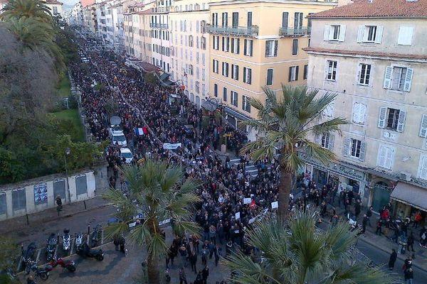 Rassemblement à Ajaccio #JeSuisCharlie