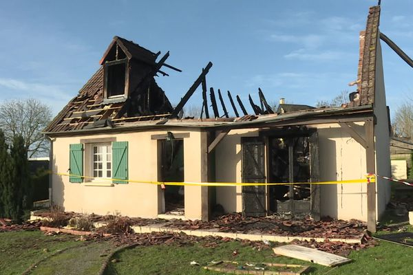 L'incendie a presque entièrement ravagé le pavillon.