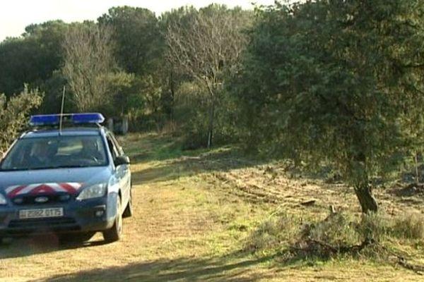 La gendarmerie patrouille autour des truffières (30)