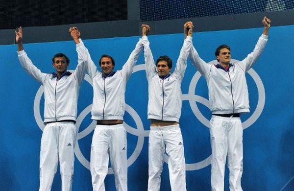 Les quatre médaillés d'or des Jeux de Londres, Clément Lefert, Fabien Gilot, Amaury Leveaux et Yannick Agnel. (archives)