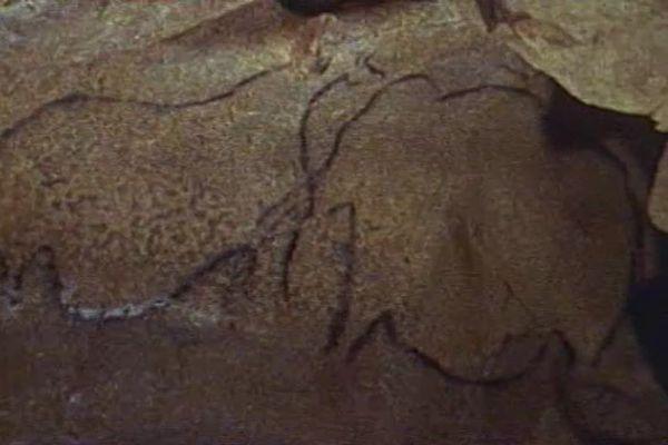 Une des peintures rupestres de la grotte de Saulges, en Mayenne