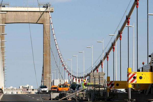 Travaux sur le pont d'Aquitaine ( 06/09/09 )