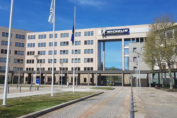 Michelin a annoncé jeudi 13 décembre que l'entreprise allait verser une prime exceptionnelle à ses salariés en France.