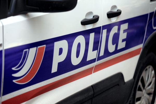 L'homme a été arrêté à l'aéroport de Saint-Exupéry à la descente d'un avion venant de Tunisie.