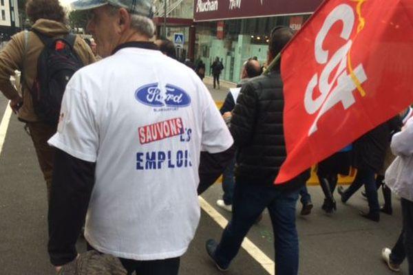 Dans les rues de Bordeaux, le cortège des salariés de Ford qui ne veulent pas lâcher