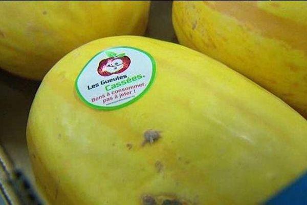 """Les fruits et légumes étiquetés """"gueules cassées"""" sont vendus 30% moins cher"""