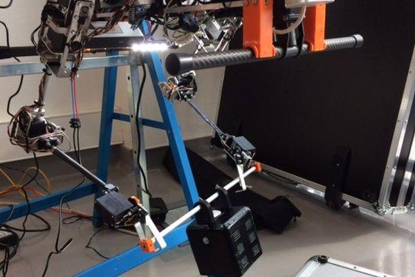 Le drone robot du LAAS