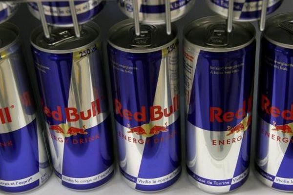 """Les députés ont voté le 24 octobre 2013 la création d'une taxe sur les boissons énergisantes, appelée taxe """"Red Bull""""."""