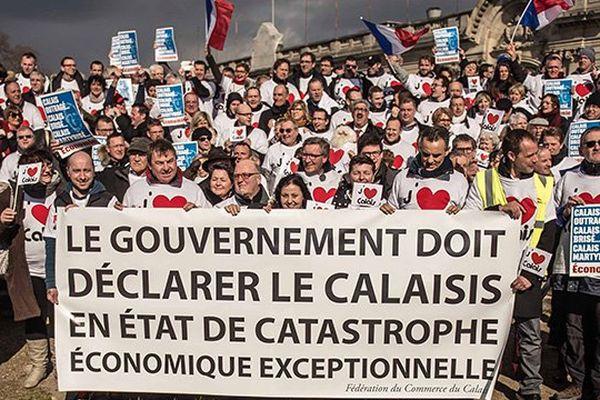 Manif à Paris de commerçants calaisiens le 7 mars 2016.