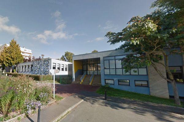 L'école Pierre Gringoire dans le quartier des Belles portes à Hérouville Saint-Clair