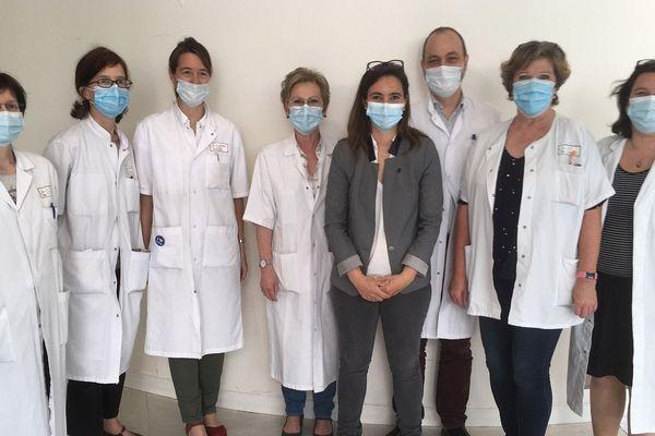 Une bonne partie de l'équipe qui a travaillé sur cette recherche au sein du Centre Hospitalier Universitaire de Grenoble