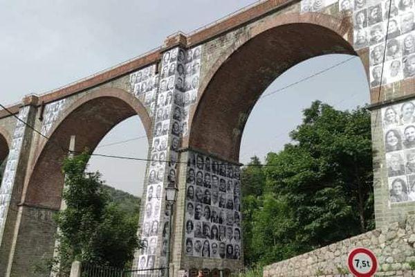 Des posters des habitants seront affichés à Tende et Saint-Dalmas-de-Tende dans les Alpes-Maritimes. Une exposition en extérieur et éphémère, menée par deux habitantes et le collège de la vallée sous la houlette du street-artist JR.
